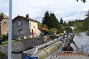 Canal de l'Est Drehbrücke Selles mit Körpereinsatz