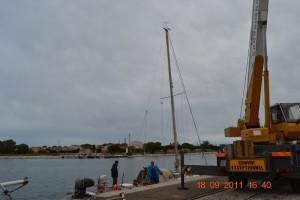 Port-Saint-Louis Mast festhalten