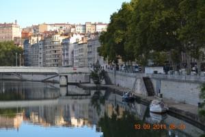 Saone Lyon Stadtkai